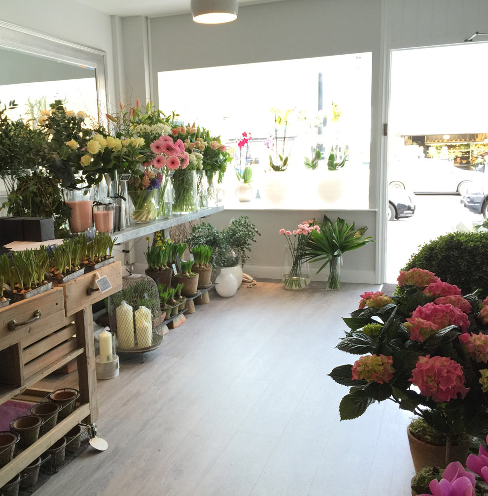 Boldmere Flower Shop Florist Sutton Coldfield Pretty Little Flower